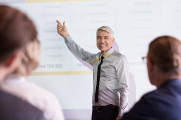 oferta de empleo: docente para Burgos
